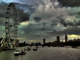 The River Thames by Airoy