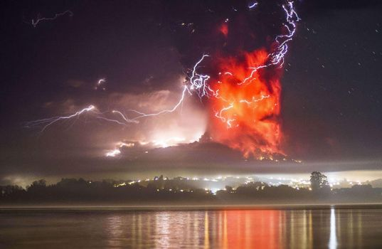 Lightning while a Volcano Erupts by AutumnFlick