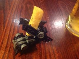 Decepticon Steve has a chippy (fries) by Plazma-Reaper