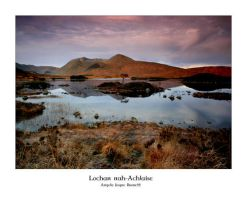 Lochan nah-Achlaise by ArwensGrace