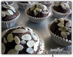 cupcakes - chocolate-nut '1 by angelicetherreality
