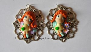 Cammei-Charm-Ciondoli Fimo 'Pippi calzelunghe by AppleIcewizard