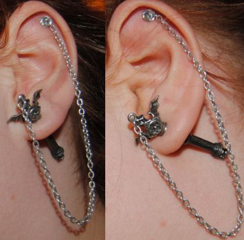 Helix with Chain. by Sarsaia