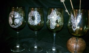 wine glasses by Fulstein