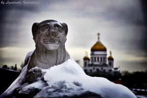 statue under snow blanket by Lyutik966