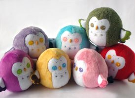 Rainbow Chubby Owls by Pwyllo