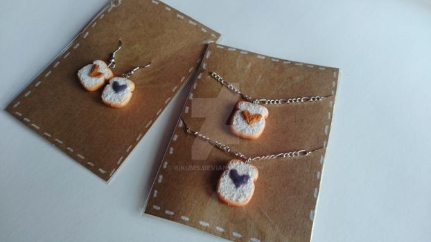 Peanut Butter and Jelly Earrings and Necklace set by kikums