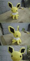 jolteon amigurumi by kiwicrochet