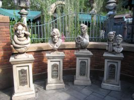 Haunted Mansion Busts by kdawg7736