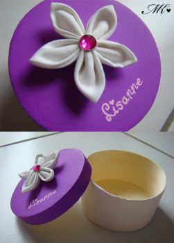 Flower box - white and purple by MyRiie