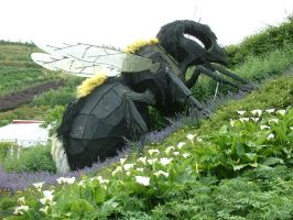 Eden Project Trip - Giant wasp by Destinys-spirits