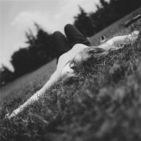 Lay down by RoninCZ