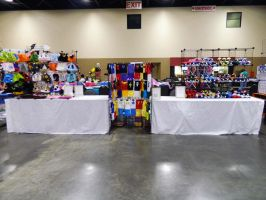 Glass City Con Artist Alley Table 2014 by tsukeruu