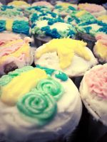 Cakes in cups. by sodaMay