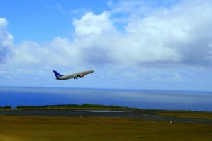 plane taking off at azores 3 by neeuq2006
