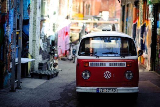 VW by cainadamsson