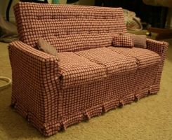 Doll Couch by pervyfaerie