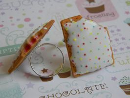 PopTart Ring-Flavor: Frosted Strawberry by ThePetiteShop