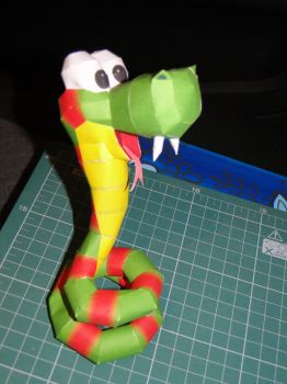 Rattly, the Rattlesnake Papercraft by bslirabsl