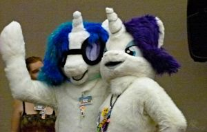 DJ P0N-3 and Rarity at AC '12 by Aquillic-Tiger