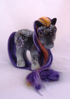 My little pony custom Vaishali by AmbarJulieta