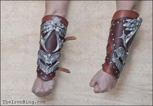 Ezio bracer - new version by TheIronRing