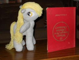Derpy and the Book by EratosofCyrene