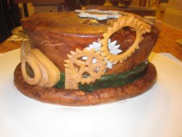 Steampunk hat cake 3 by recycledrapunzel