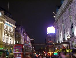 piccadilly in london by KASAItora