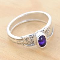 Spoon Ring w Oval Amethyst by metalsmitten