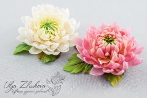 Dahlias from cold porcelain by polyflowers