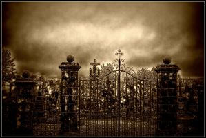 The old cemetery by kakobrutus