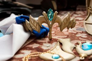 Zelda crown by RubeeAmadare