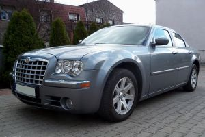 Chrysler 300 Touring by Abrimaal