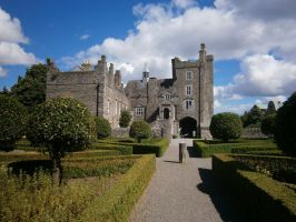 Drimnagh Castle by animatorV