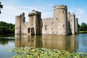 Bodiam In Summer by wintersmagicstock