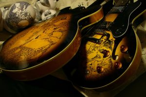 GRAPHIC ON THE EPIPHONE by beibang