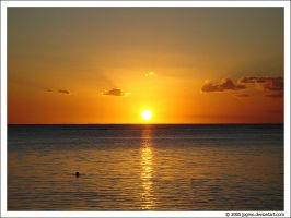 Sunset in Paradise by jpgmn