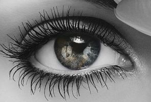 Black White and color eye by VampirePrincess156