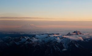 Cruising over the Cascades by elpez7