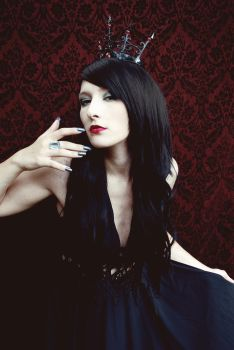 Evil Queen 2 by x-Marionette-x