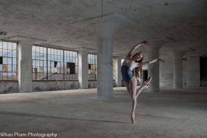 Dancer in Philly by HowNowVihao