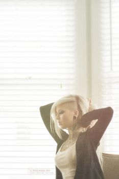Sara Fabel - Morning in SF by destroyinc