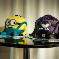 Despicable Me Cake by Chiruyto