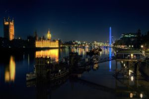 Night Houses of Parliament by fbuk