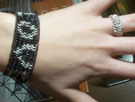 Love Bracelet by chainmaille