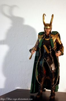 Hot Toys Loki 02 by blue-cage