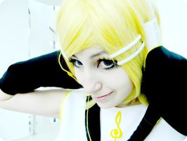 Kagamine Rin by Katherin-Wheel