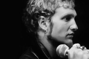 Layne Staley - Alice in Chains by Zizzorhands