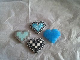 8 bit hearts by CicisCreations